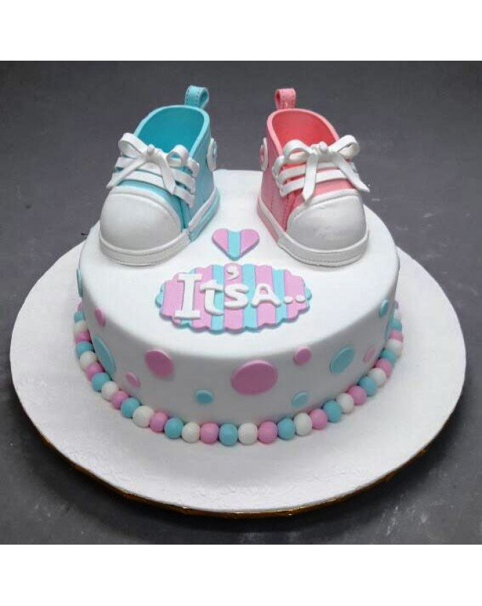 Guess The Baby Gender Cake